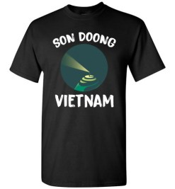 $18.95 – Son Doong Cave In Vietnam Largest Cave In The World Graphic T-Shirts