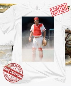 JOHNNY BENCH CATCHER PHOTO TEE POSTER