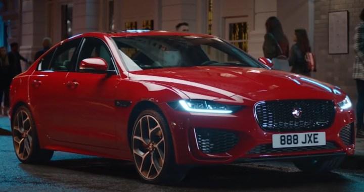 El Jaguar XE 2020 abandona el V-6, adquiere un estilo más afilado y más pantallas táctiles