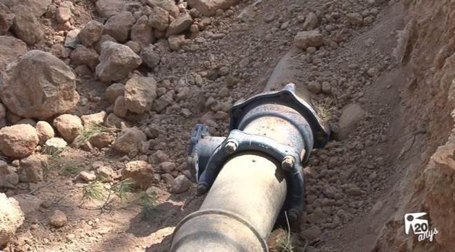 16/05 Un nou trencament deixa sense aigua 8000 veïns de Sant Jordi