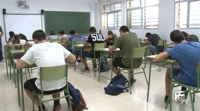 """05/09 La FAPA qualifica de """"dramàtica"""" la situació de l'educació"""