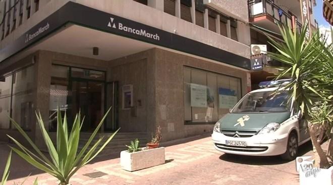 09/09 30.000€ robats a una oficina bancària