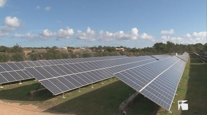 11/04 Unes illes 100% renovables al 2050