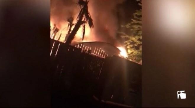 09/05 Un incendi arrasa un magatzem a Jesús