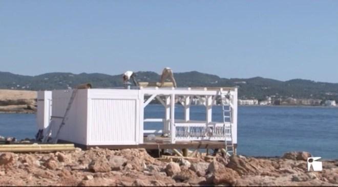 18/05 L'ajuntament de Sant Antoni encara no s'ha pronunciat sobre el bar-quiosc instal•lat a Punta Cala Gració.