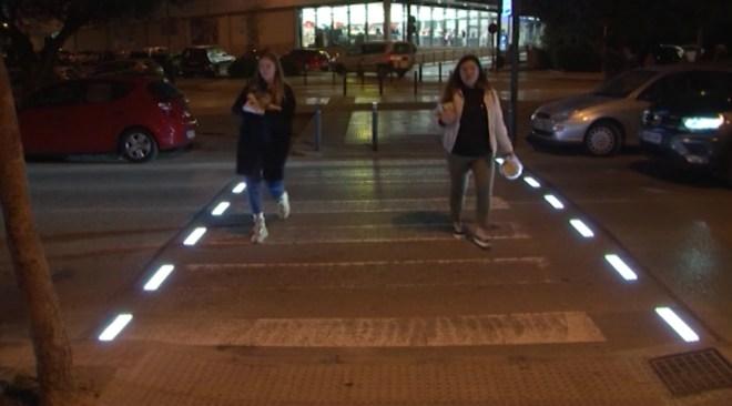 08/01 Vila instal·la un pas de vianants que s'il·lumina al detectar les persones