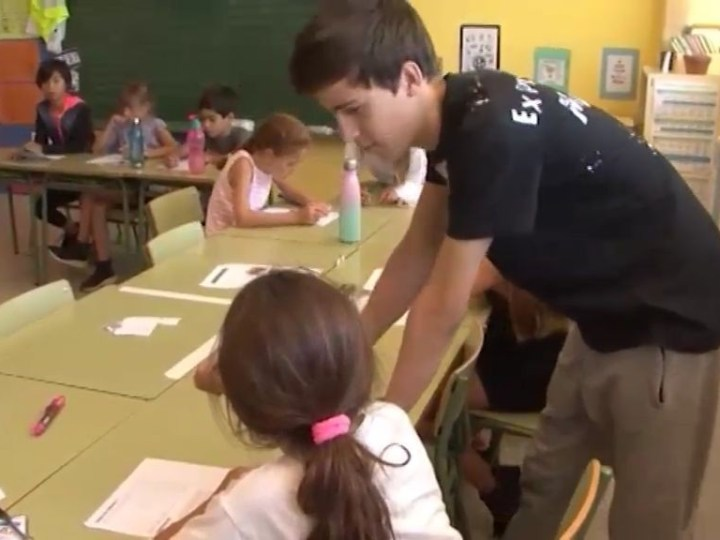 03/06/2019 Els estudiants del IES Sa Blancadona fan de voluntaris