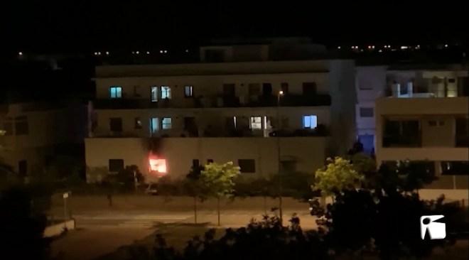 18/06/2020 Vuit desallotjats per un incendi a Puig d'en Valls