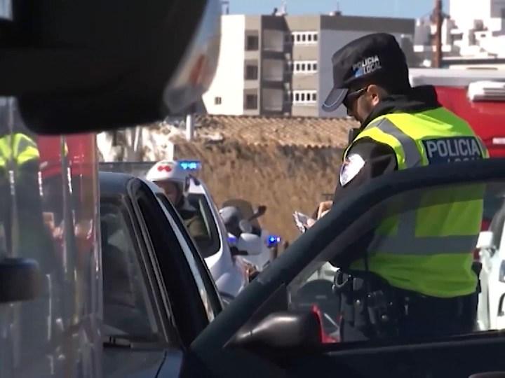 06/07/2020 4 detinguts per una baralla al Port de Vila