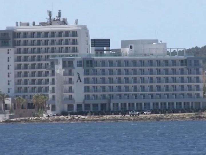 20/08/2020 Els hotels tanquen abans d'hora