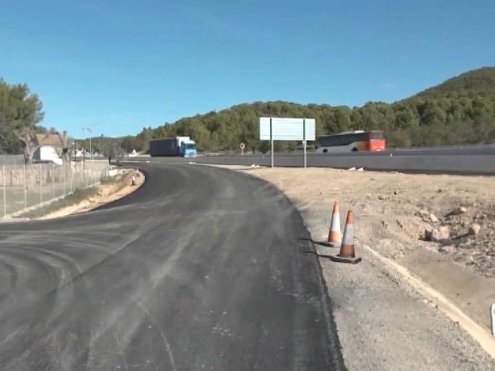 27/10/2020 Comença l'últim asfaltat de les obres de la carretera