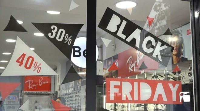 27/11/2020 Descomptes pel Black Friday per reactivar el comerç