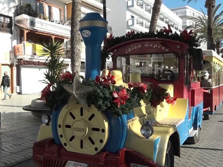 31/12/2020 El tren d'en Piruleto alegra als més petits
