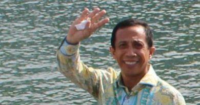 Dr. H. Arsalim Arifin SE. M.Si