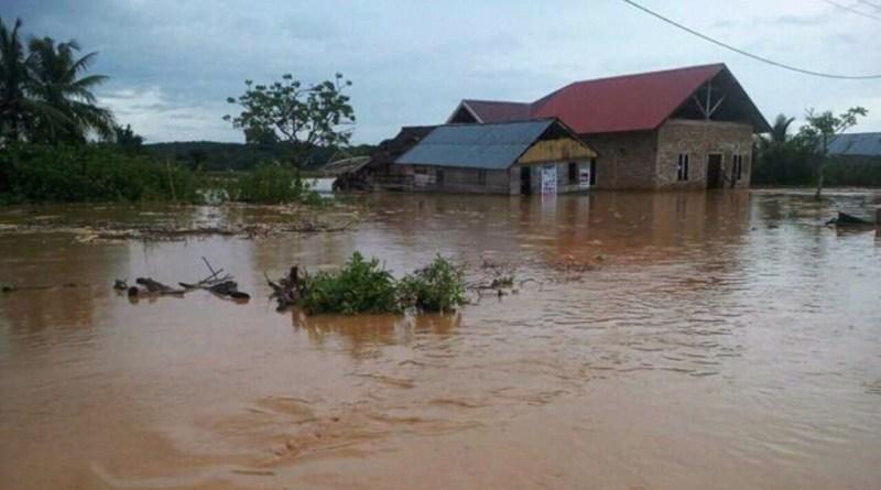 Banjir di Oneha Kembali Rendam Rumah Warga