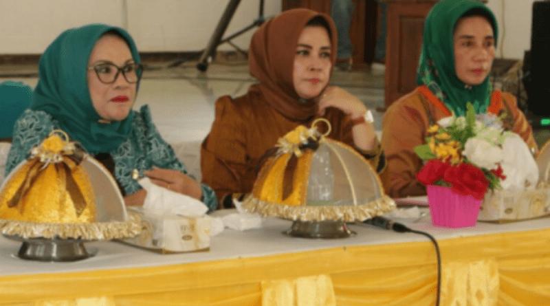 HUT Dharma Wanita, DWP Konsel Gelar Berbagai Macam Kegiatan Sosial