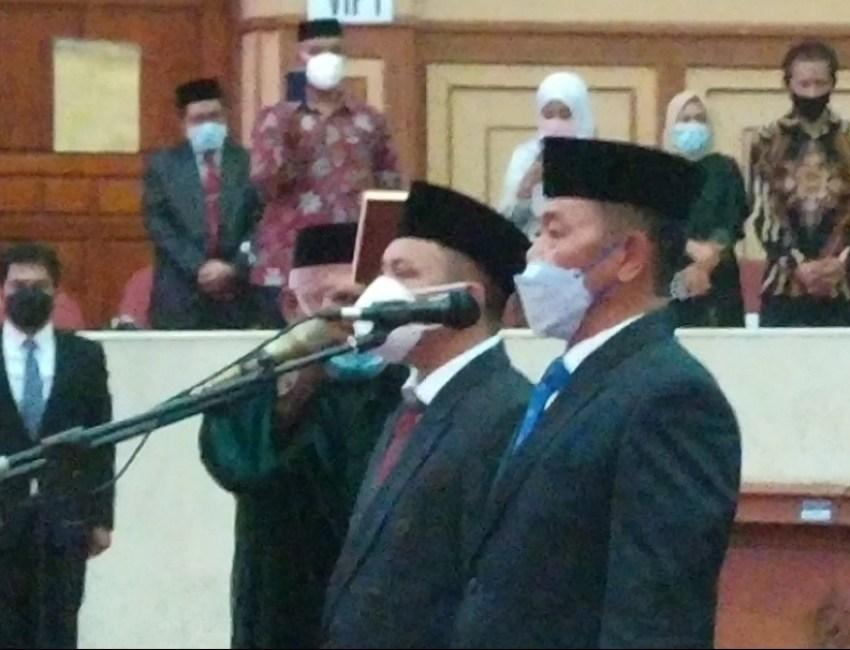 pengangkatan pengganti antar waktu (PAW) dua anggota DPRD, yaitu Asrin dan H Muhtar,