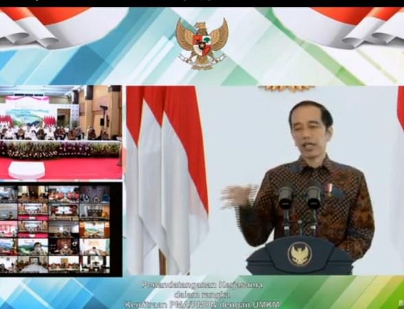 Presiden RI menyaksikan secara virtual penandatanganan kemitraan usaha PMA/PMDN dengan UMKM