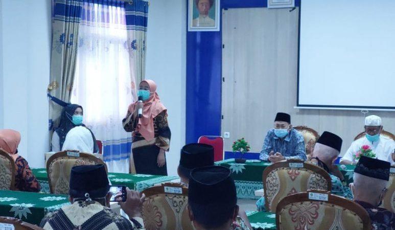 Direktur RS PKU Muhammadiyah Mayong dr. Hi. Titik Sumarni