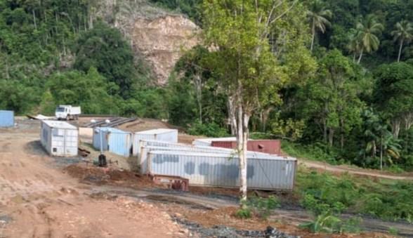 Lima Kontainer Bahan Peledak Siap Ledakkan Gunung di Konut