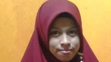 Farah Sari, A.Md (Aktivis Dakwah Islam)