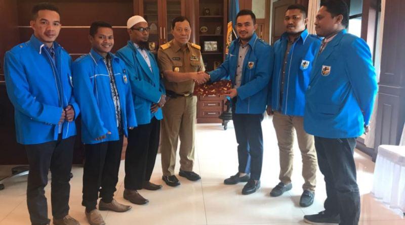 Ketua Karateker KNPI Sultra, Umar Bonte (UB) menegaskan, pengurus KNPI Sultra versi Syahrul Beddu dianggap sudah tidak ada lagi alias illegal