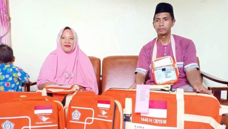 Penjual Bakso Bakar Keliling Naik Haji