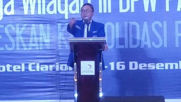 Ketum DPP PAN Mengutuk Kebijakan Donald Trump