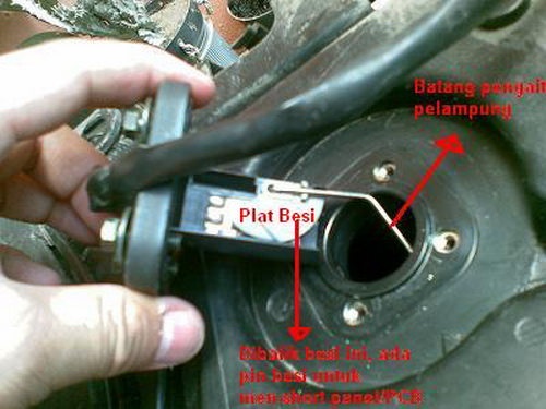Cara Memperbaiki indikator bensin yang Error atau Rusak