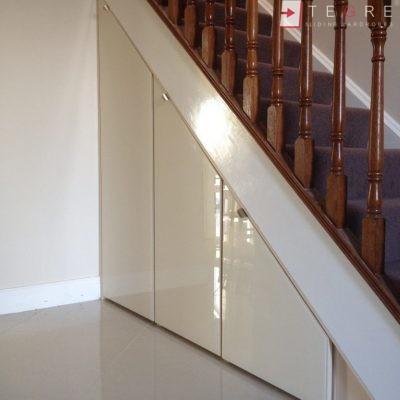 angled sliding doors under