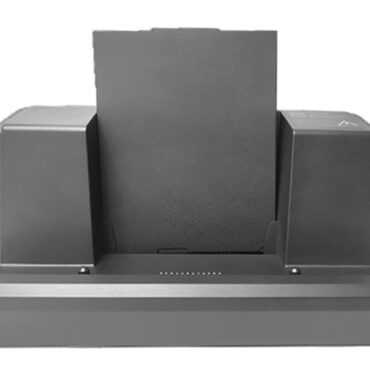 Desktop dock plus a battery charging in its slot
