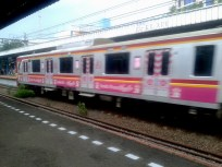 women's special train cars