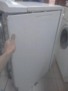 Снять боковую стенку стиральной машины
