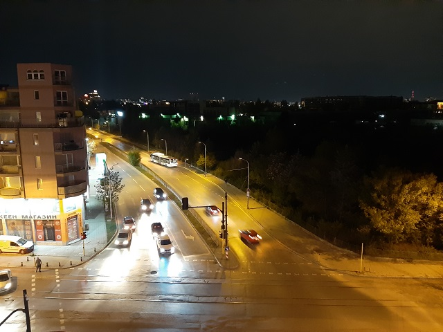 фото ночью на samsung galaxy a50