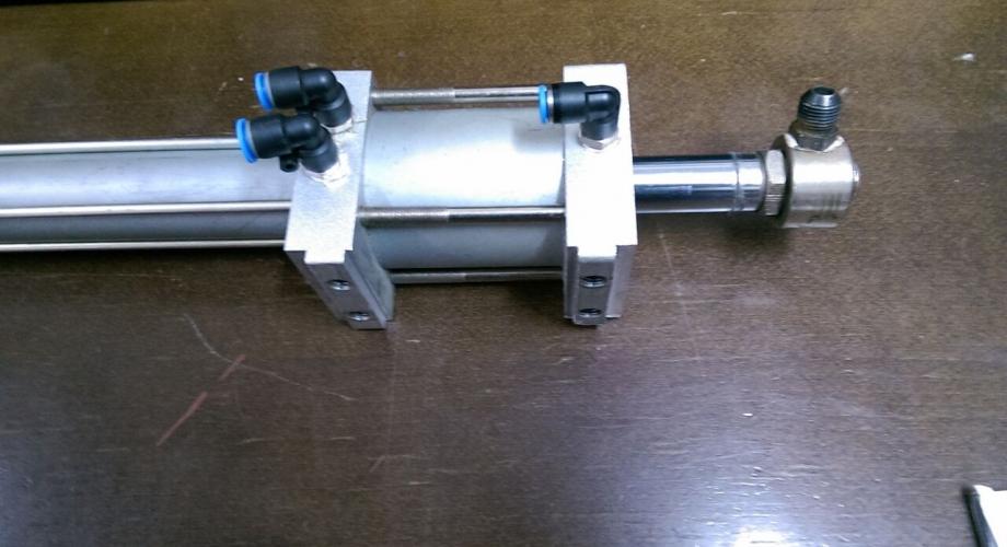 Производство на пневматски цилиндри во специјални изведби