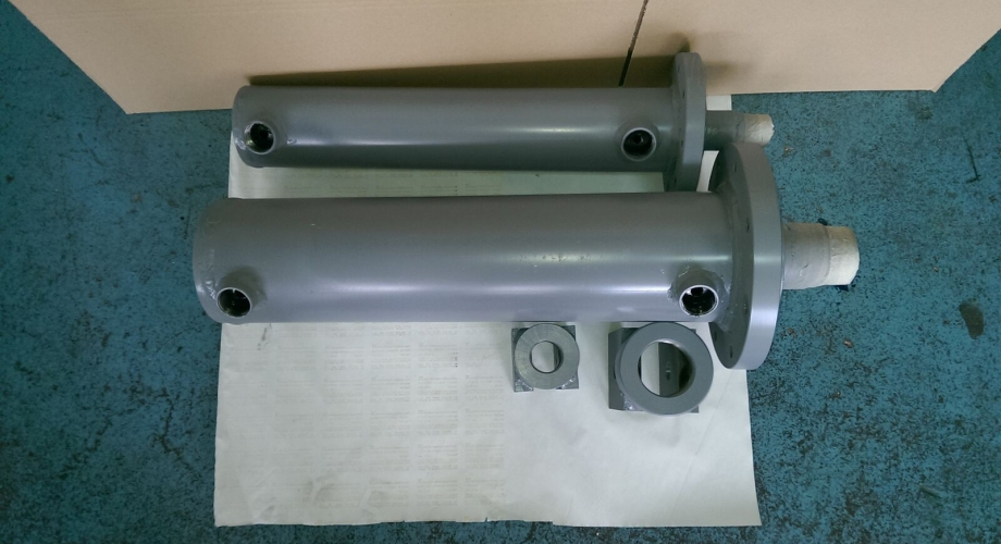 Production of custom hydraulic cylinders