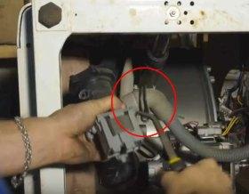 замена помпы стиральной машины в Одессе