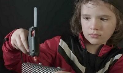 Клеевой пистолет. Виды и устройство. Работа и применение. Выбрать