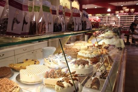 Kuchenangebot im Cafe Wien