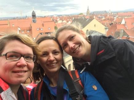 Ich, Ewa und Anja über den Dächern von Bamberg