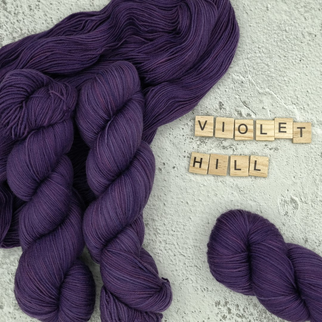 Violet Hill - MÉRINOS SUPERWASH - Fingering