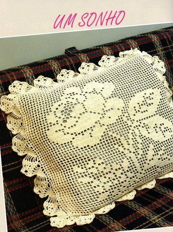 Almohadon tejido con gancho