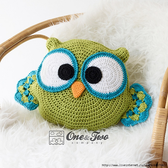 Cojín crochet buho