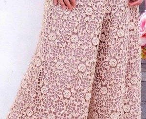 Pantalón crochet motivo