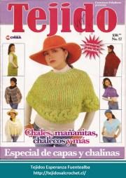Revista ganchillo. Una revista especial con capas y ponchos