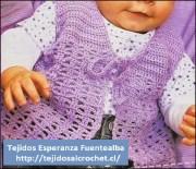 Tejidos crochet para bebe. Patrón de hermoso chaleco para bebé