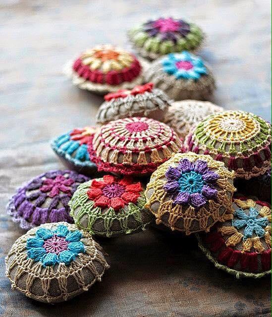 Patrón almohadones crochet pequeños