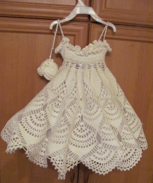 Patrón elegante vestido niña crochet