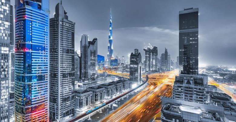 حققت دولة الإمارات العربية المركز الأول على مستوى العالم في اشتراكات النطاق العريض Broad band للهواتف المحمولة، والمركز الأول عالميا في تغطية شبكات الهاتف المحمول.