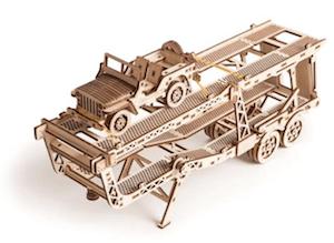 カートレーラーの立体模型パズル